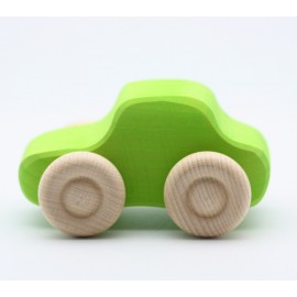 coche pequñeo de madera de grimms