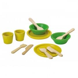 Set de platos y cubiertos de madera reciclada